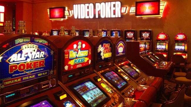 Slot Machines and Video Poker- 3 Easy Casino Games for beginners