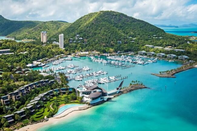 Take a day package for Hamilton Island