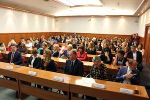 Udio žena u vlasništvu trgovačkih društava u Hrvatskoj rastao je od 2010. godine naovamo od 17,3% do 21,9%, koliko je iznosio u 2017. godini, te lagano raste i dalje. Ipak, u Hrvatskoj žene drže tek svaku petu tvrtku.