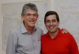 """Gervásio defende reeleição de Ricardo e alfineta Cássio: """"ninguém aguenta mais ser enganado"""""""