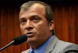 Trócolli diz que não votou em Ricardo, mas não descarta possibilidade de assumir secretaria de Estado