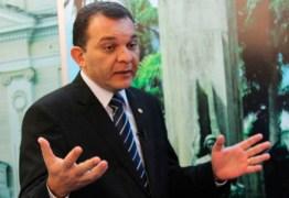 Procurador-geral de Justiça Bertrand Asfora recebe 'Voto de Aplauso' do Pleno do TJPB