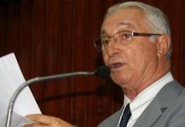 Deputado acusa órgãos do governo de permitir desvio de água