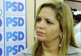 Durante entrevista: Vereadora defende calçadão no Bessa e discute com ambientalistas