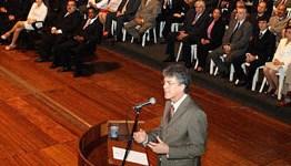 DEMISSÃO COLETIVA: Secretários colocam cargos à disposição do governador