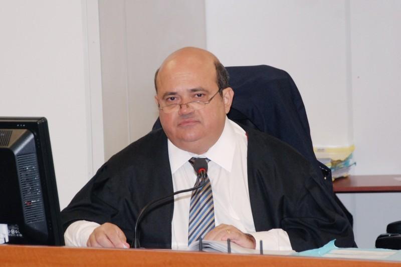 juiz miguel de britto lyra 800x533 - Justiça nega pedido da Câmara e confirma eleições indiretas em Bayeux – VEJA O DOCUMENTO