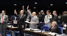 DILMA DERROTADA: Senado aprova projeto que limita fusão de partidos