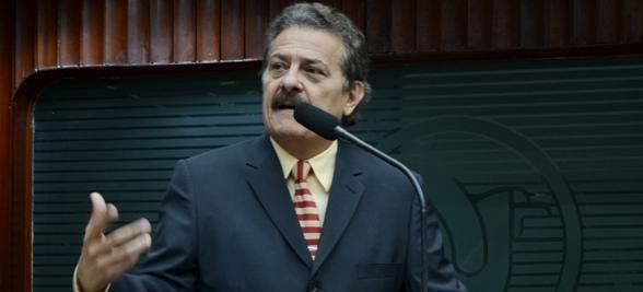 tiao gomes  e1426174042506 - Deputado reclama de multas na capitale pede campanha a Semob