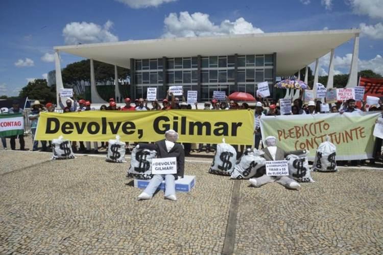 protesto brasilia gilmar