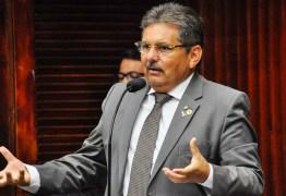 Presidente da Assembleia Legislativa cobra políticas federais urgentes contra a seca