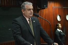 foto bosco carneiro 300x200 - Bosco Carneiro faz apelo para mudanças em plantões e efetivo policial em Alagoa Grande