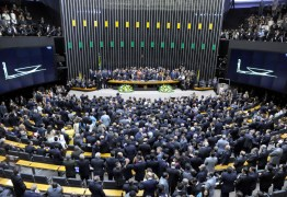 Deputados pedem no STF anulação da votação na Câmara que reduziu a maioridade penal