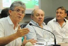 Ricardo entrega obras de reformas de escola e da Ciretran de Sousa