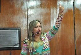 Vereadora encaminha dossiê com provas materiais ao MPF contra a Energisa