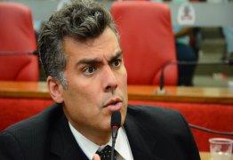 Marco Antônio (PPS) acusa Renato Martins (PSB) de pregar o caos