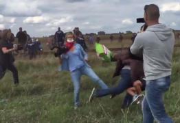 VEJA VÍDEO: Jornalista húngara chuta refugiados que tentam furar barricada policial; assista