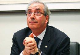 Parlamentares entregam representação a Janot na qual pedem afastamento Cunha