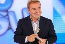 Fora da Record, Gugu flerta com SBT e mira a Globo