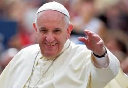 Papa pede que jovens sigam contracorrente e construam um mundo de paz
