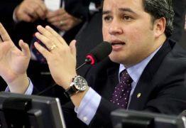 Câmara aprova Projeto de Efraim Filho que  beneficia agentes de trânsito