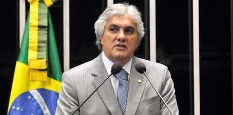 delcidio amaral pt ms foto divulgacaolanima2015071300581 e1445078437205 - Delcídio diz ser falsa notícia de delação contra Dilma na ÉPOCA