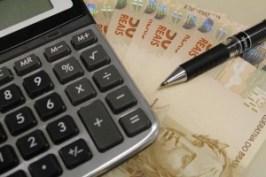 restitui%C3%A7%C3%A3o imposto de Renda 2  300x200 - Imposto de Renda: é obrigatório declarar doações de pai para filho?