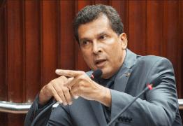 Ricardo Barbosa pede desculpas a Gervásio Maia por ataques após arquivamento de PEC