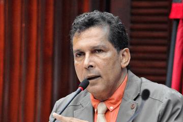 """Deputado estadual Ricardo Barbosa contesta declarações de Bruno Cunha Lima sobre pandemia: """"Infundadas e inverídicas"""""""