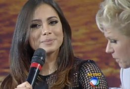 Cantora Anitta fica incomodada com assuntos sexuais abordados no programa da Xuxa, confira