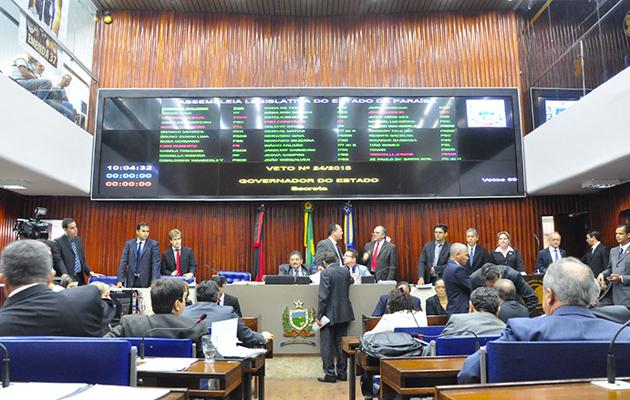 assembleia1 - Após sugestão de trégua de Renato, oposição antecipa escolha de novo líder