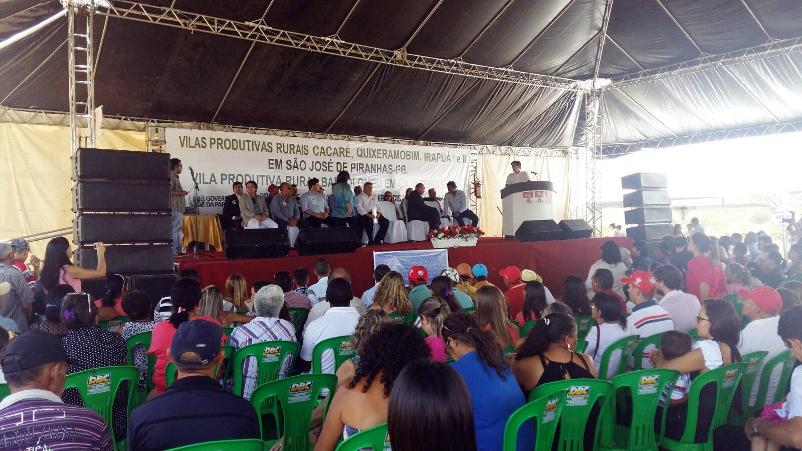 Solenidade de entrega das 241 casas VPRs da Paraíba - Paraibanos ganham casas do projeto de Integração do Rio São Francisco