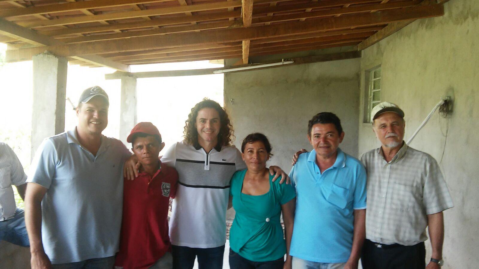 Veneziano Galante - Veneziano visita comunidades de Galante, em Campina Grande, que receberam poços artesianos fruto de sua emenda de R$ 600 mil