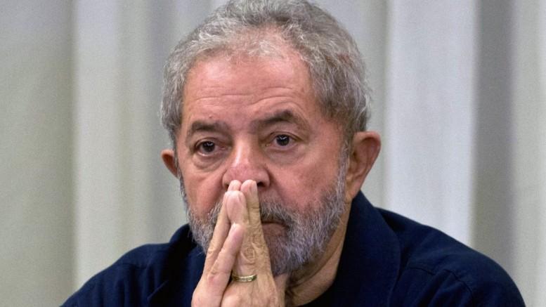 lula sério - Lula recusa assumir Casa Civil no governo Dilma Rousseff