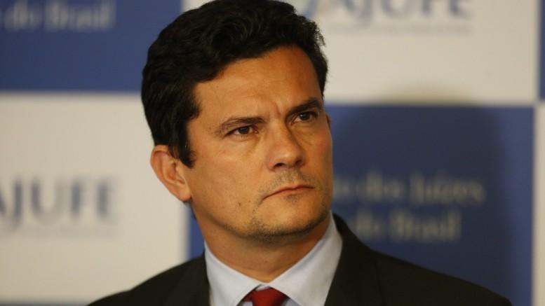 1403portalmoro 777x437 - AMEAÇA DE MORTE: Ameaças elevam a segurança em torno do juiz Sérgio Moro