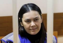 MONSTRO -Babá que decapitou menina de 4 anos afirma que 'Alá mandou' e sorri durante julgamento