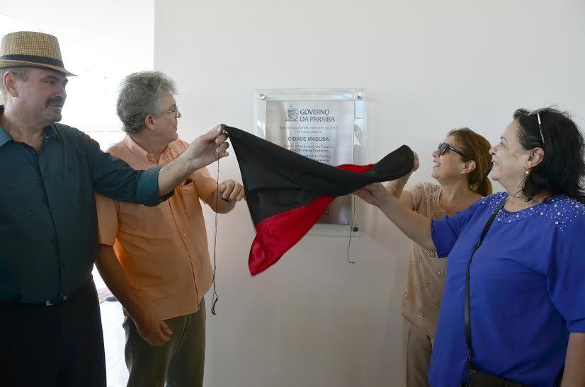 INAUGURAÇÃO CIDADE MADURA - Ricardo entrega mais um condomínio Cidade Madura, em Cajazeiras