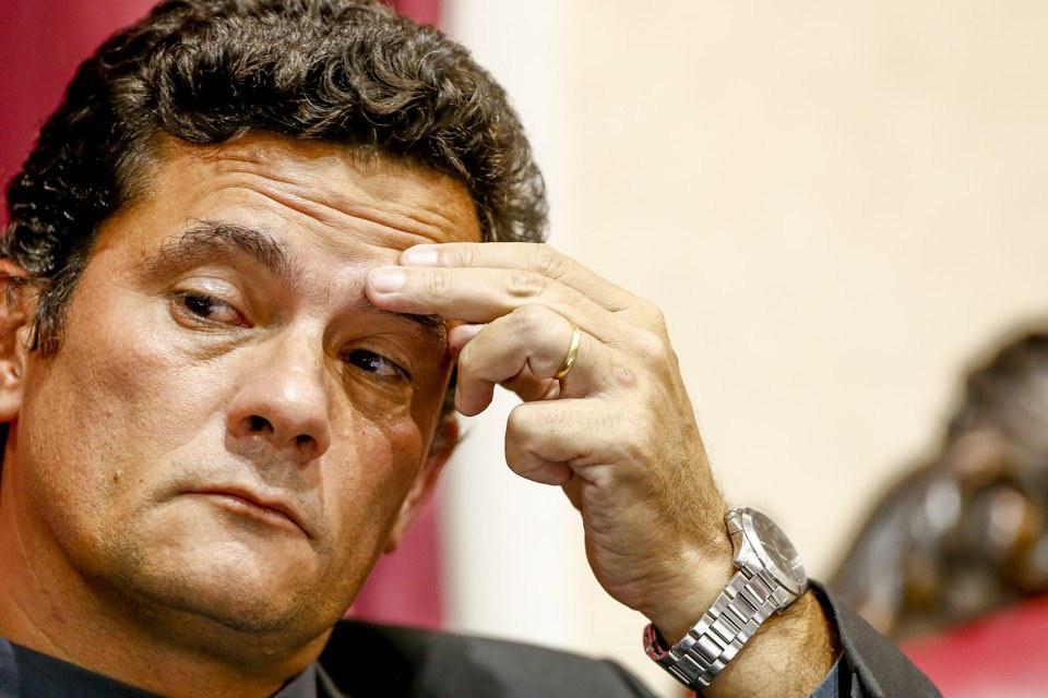 JUIZ SERGIO MORO - Sérgio Moro anula interrogatório feito pela força-tarefa da Lava Jato
