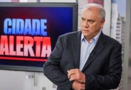 Apresentador, Marcelo Rezende, arma barraco e 'pede a cabeça' de diretor do programa 'Cidade Alerta'