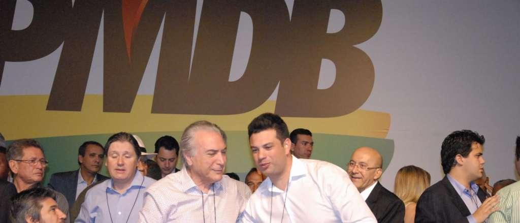 PMDB CONV. - CONVENÇÃO NACIONAL: PMDB decide abafar divisões e adiar rompimento com governo
