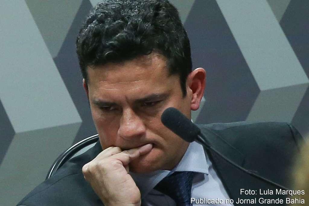 Sérgio Moro - Se Moro aplicasse a si mesmo o princípio que ele aplica aos outros, já estaria preso - Por Rubens Casara