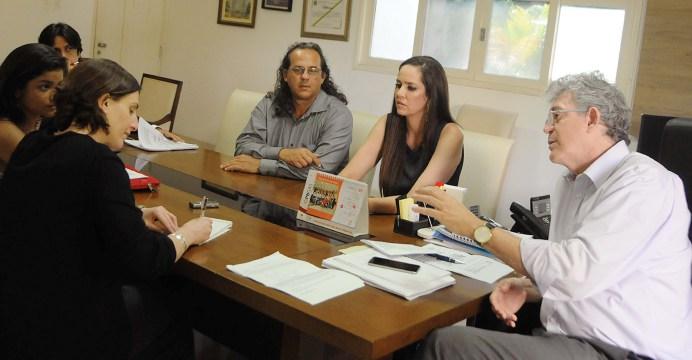 governador entrevista - Ricardo concede entrevista a jornal norteamericano sobre microcefalia