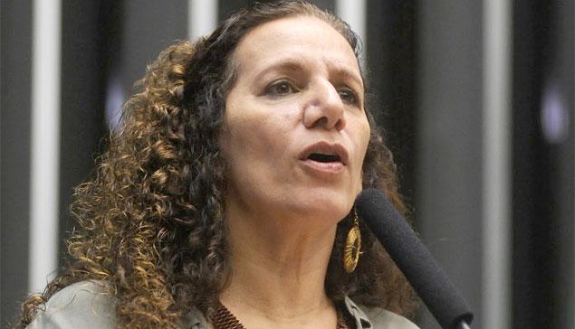 jandira feghali - Jandira Feghali e Fátima Bezerra participam de Fórum de Mulheres em João Pessoa nesta sexta-feira