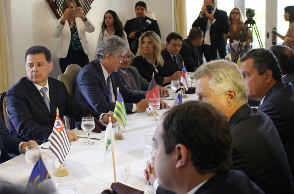ricardo encontro de governadores distrito federal 6 - Ricardo participa de reunião do Fórum Permanente de Governadores, em Brasília