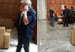 """Zap zap"": Lula pediu a agente o celular de D. Marisa"