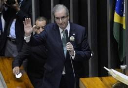 """Vossa Excelência é um gângster"""", """"ladrão"""" e """"golpista"""": Cunha ameaça ir à Justiça contra deputados"""