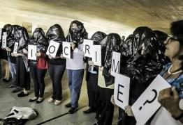 Manifestantes contra o impeachment denunciam violência durante reunião de Comissão Especial