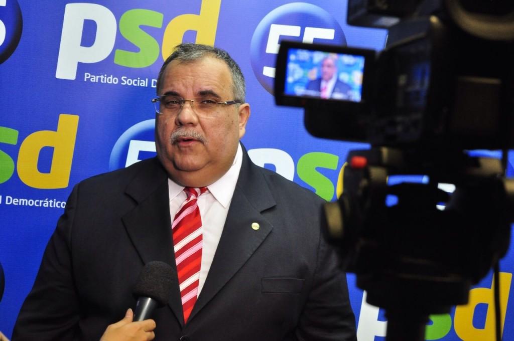 rômulo Gouveia - Rômulo elogia postura dos senadores paraibanos e alfineta Ricardo Coutinho: 'ele não procura a bancada'