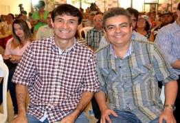 MUDAR O VICE: Rômulo Gouveia quer que vice de Romero Rodrigues seja da oposição