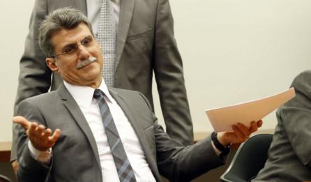 romero juca1 - Após propor cotas para a entrada de estrangeiros no Brasil, Romero Jucá deixa liderança do governo no Senado
