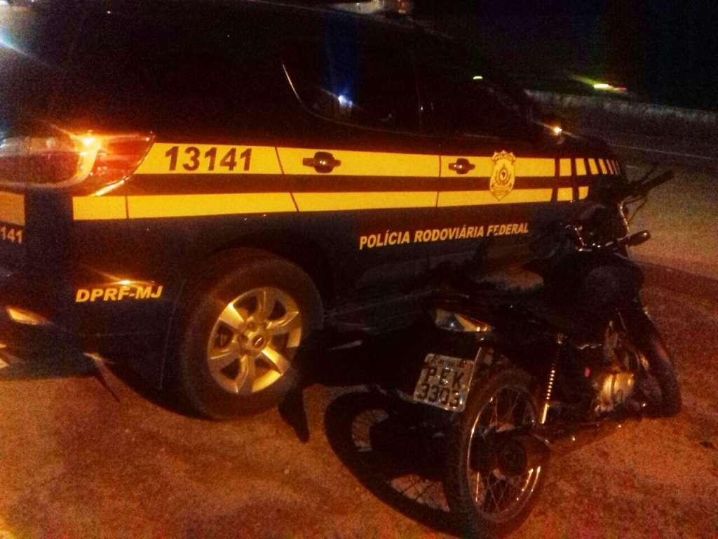"""01 motocicleta clone B - VEJA VÍDEO - PRF deflagra operação """"Rota Segura"""" na Paraíba"""